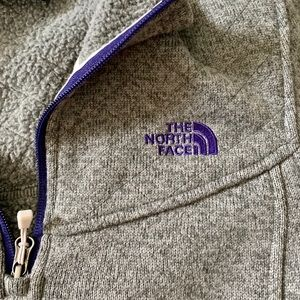 Quilted North Face quarter zip hoodie